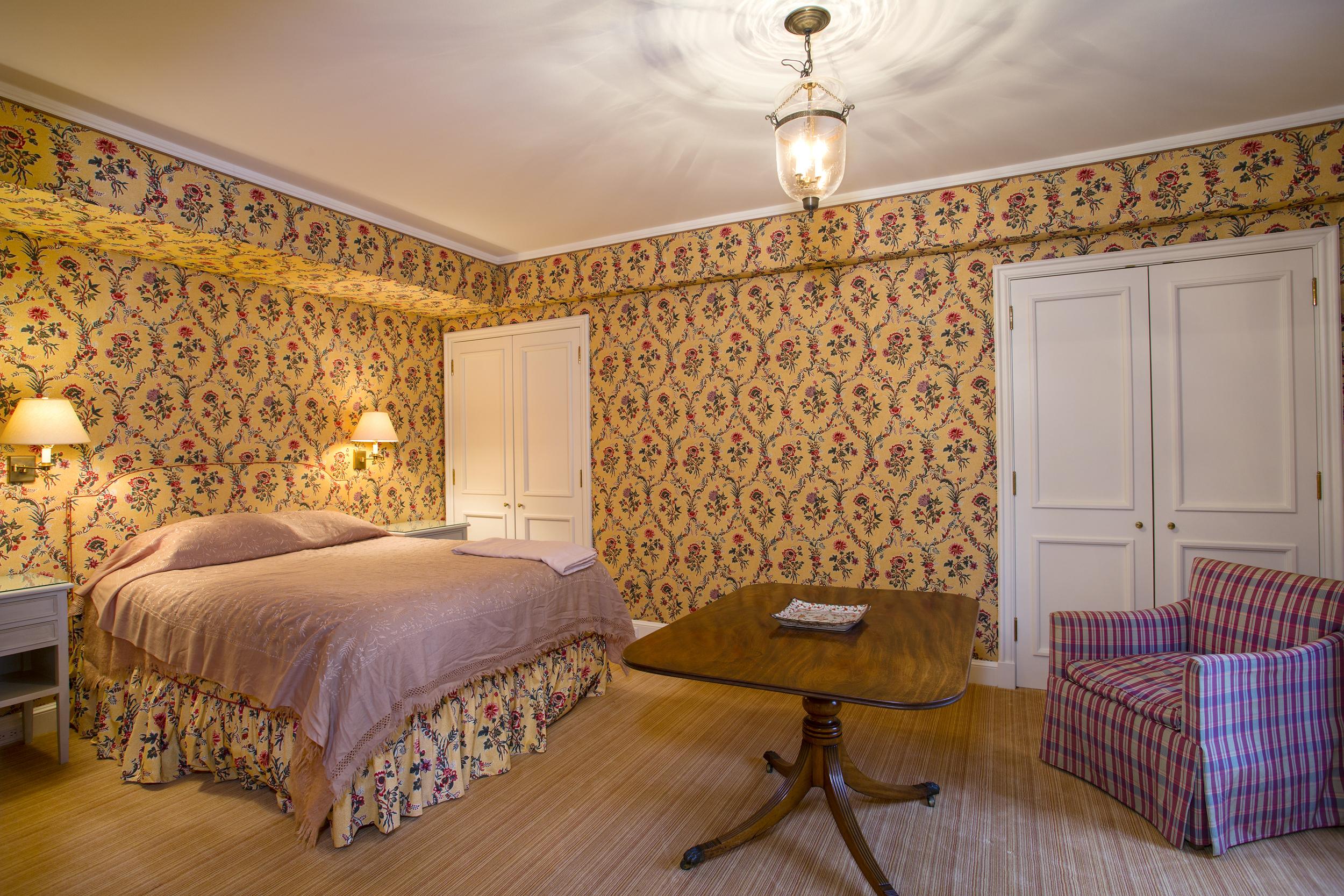 Bed-1b-lrg.jpg