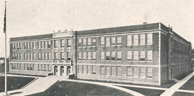 Roosevelt High School, 1920s