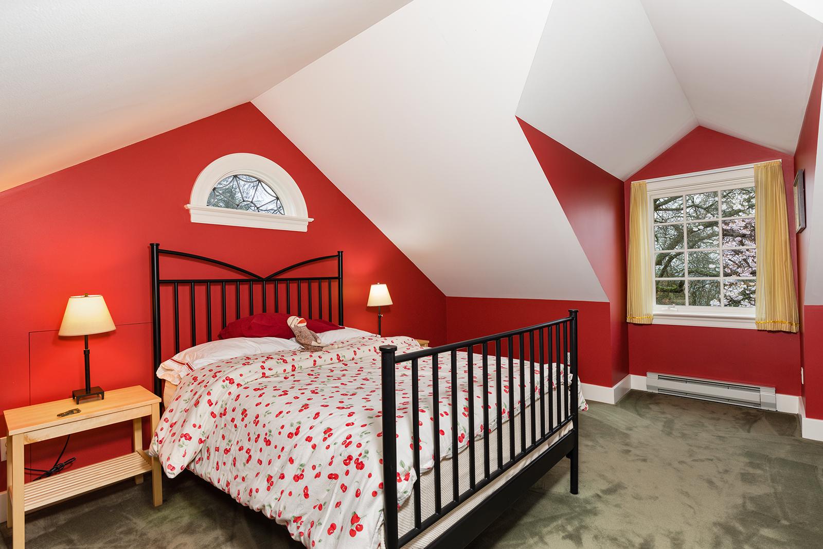 Loft-Bed-2-med.jpg