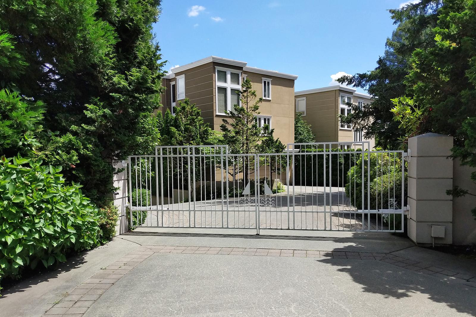 1 Gate-med.jpg .jpg
