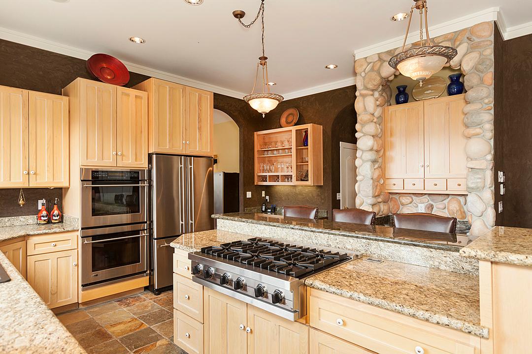 27 kitchen 1-1.jpg