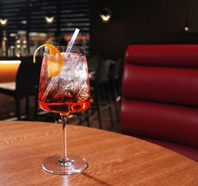 Spring for an Aperol Spritz @hudsonyardsgrill as you get acquainted with New York's newest neighborhood.  #HYGrill