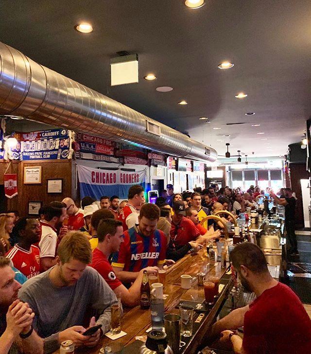 Full house, line outside soon, ready for KO! #COYG #arsenalfc #chicagogooners