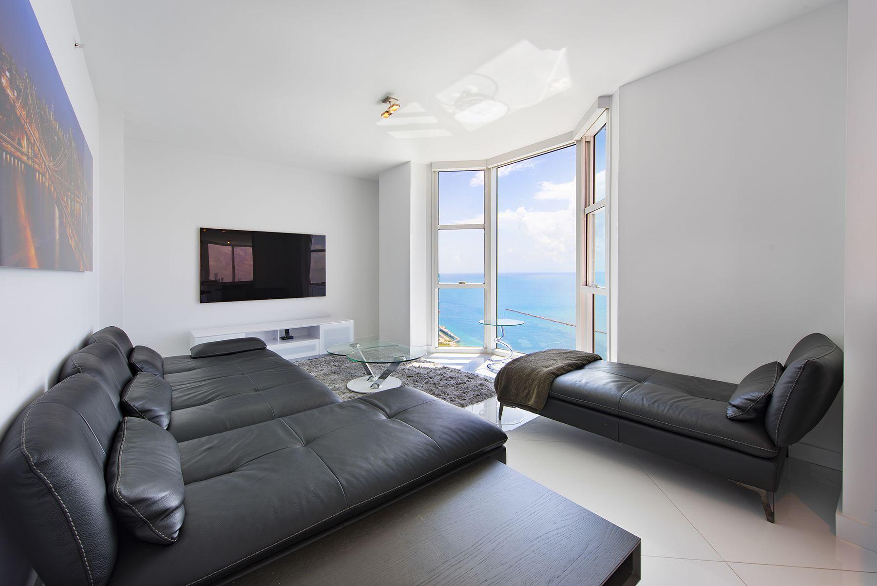 Portofino_Tower_Penthouse-08.0.jpg