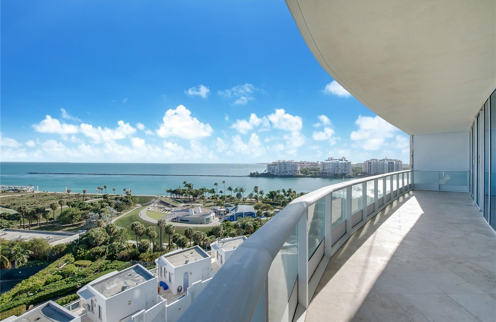 Continuum on South Beach 100 S Pointe Drive #1006
