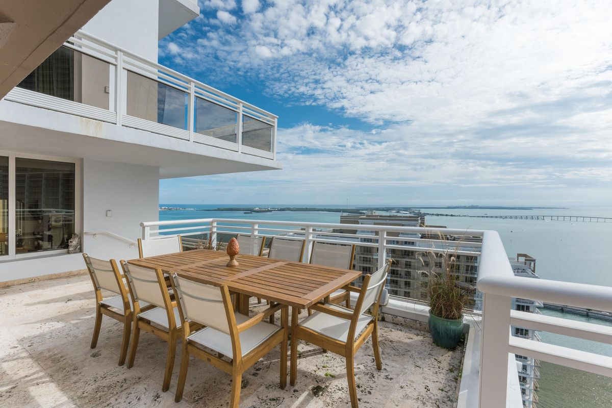 Carbonell Penthouse on Brickell Key Sells for Full Asking Price of $2.75 Million
