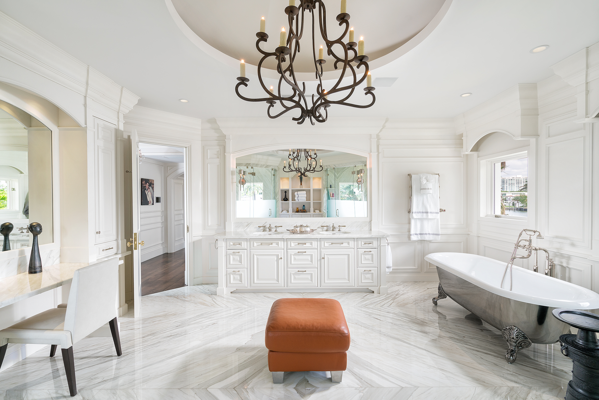 """The Former Miami Beach Estate Of Baseball Hall of Fame Superstar Iván """"Pudge"""" Rodríguez Is Back On The Market For $22.5 Million"""