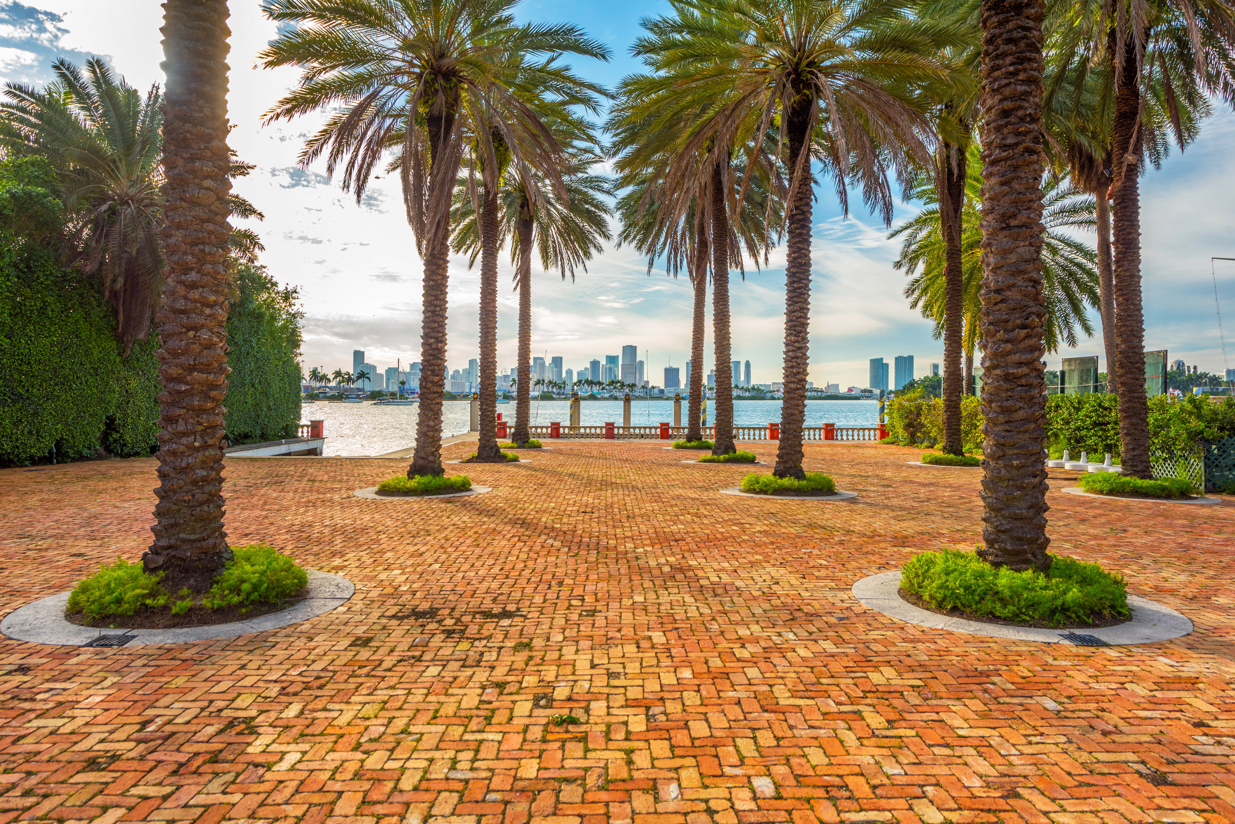 Lennar Executive Chairman Stuart Miller Expands Star Island Holdings After Acquiring Thomas Kramer's Former Estate 5 Star Island For $33 Million