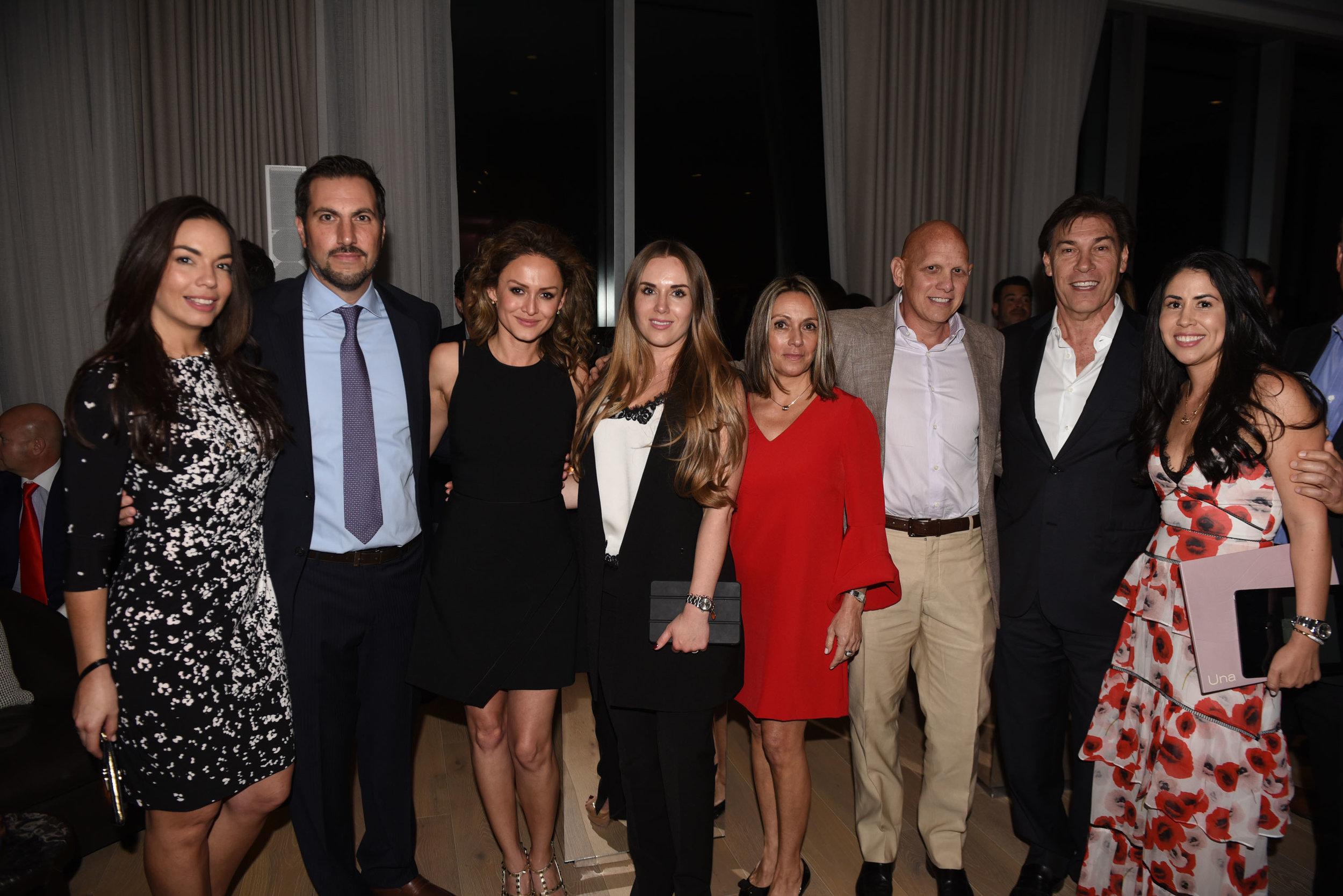 Arlys Moralez, Daiana Quiceno, Catalina Martinez, Ana Tajes, Fran Scola, Edgardo Defortuna & Daiana Quiceno
