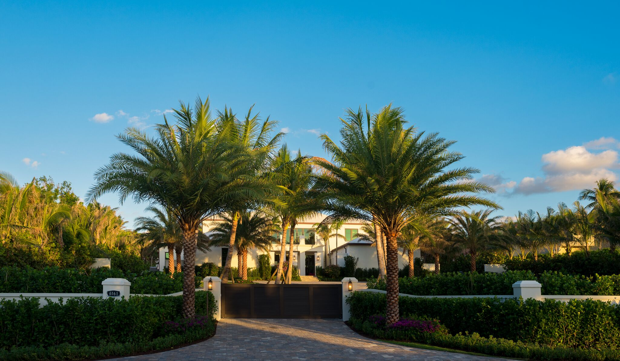 """Tour The Stunning Palm Beach Estate Which Was Used In Jenny Tolman's New Music Video """"Something To Complain About"""""""