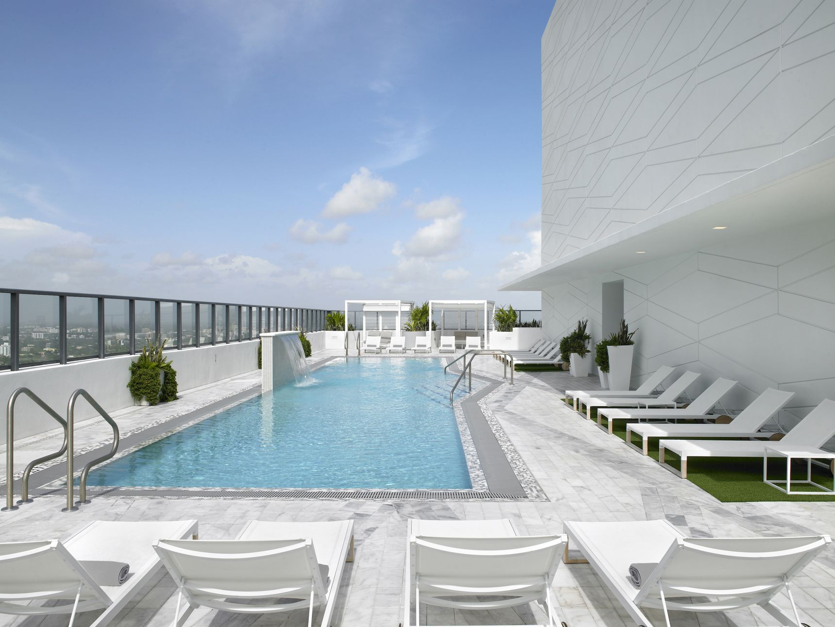 Check Out ZOM's Newly Opened Stantec-Designed Solitair In Brickell
