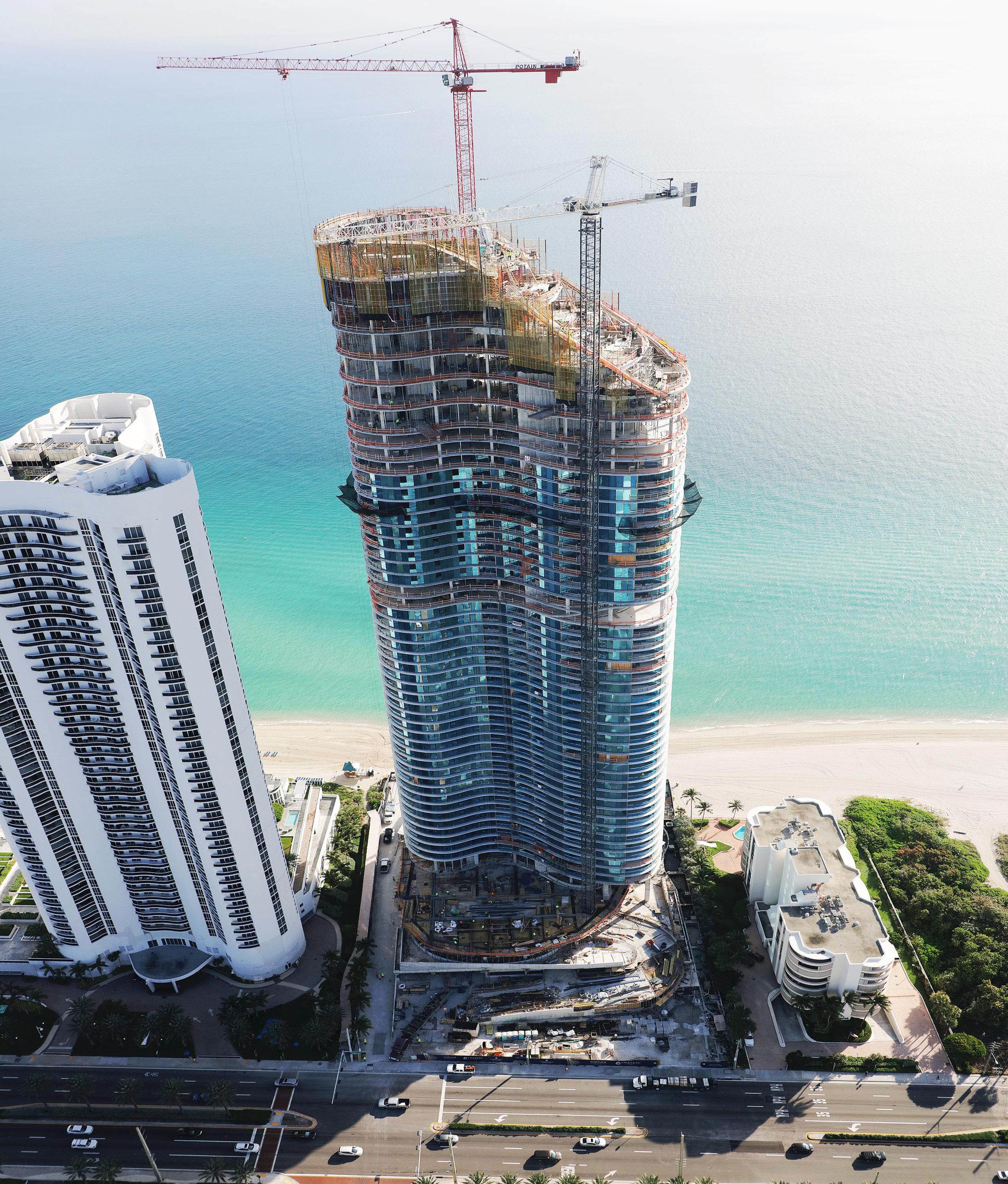 The Ritz-Carlton Residences, Sunny Isles Beach Tops Off_11.30.18_1.jpg