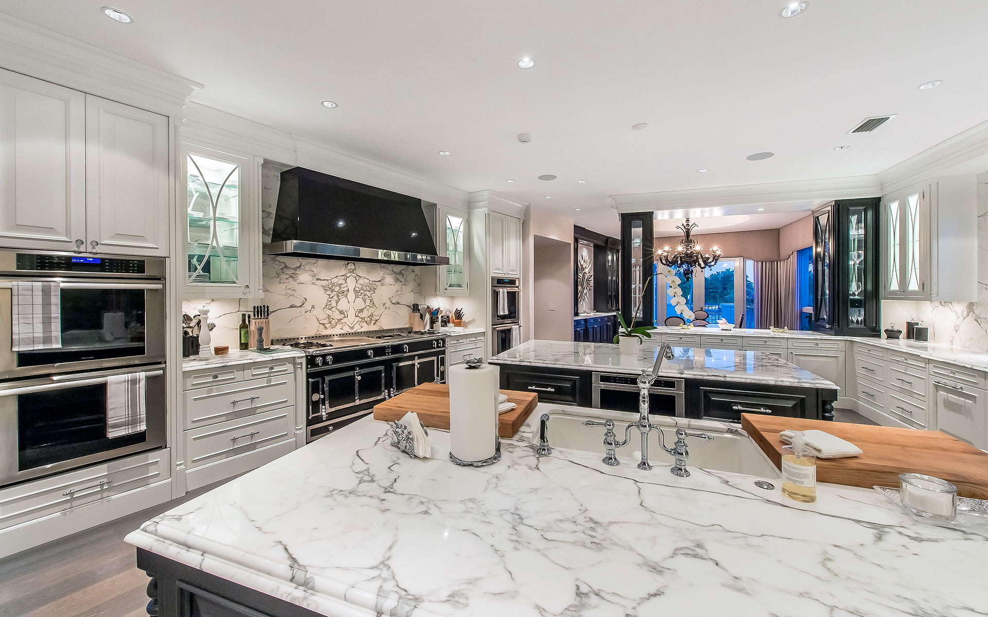 Tour An Ultra Luxe 11 9 Million Fort Lauderdale Estate Complete With A Dollar Kitchen Profile Miami
