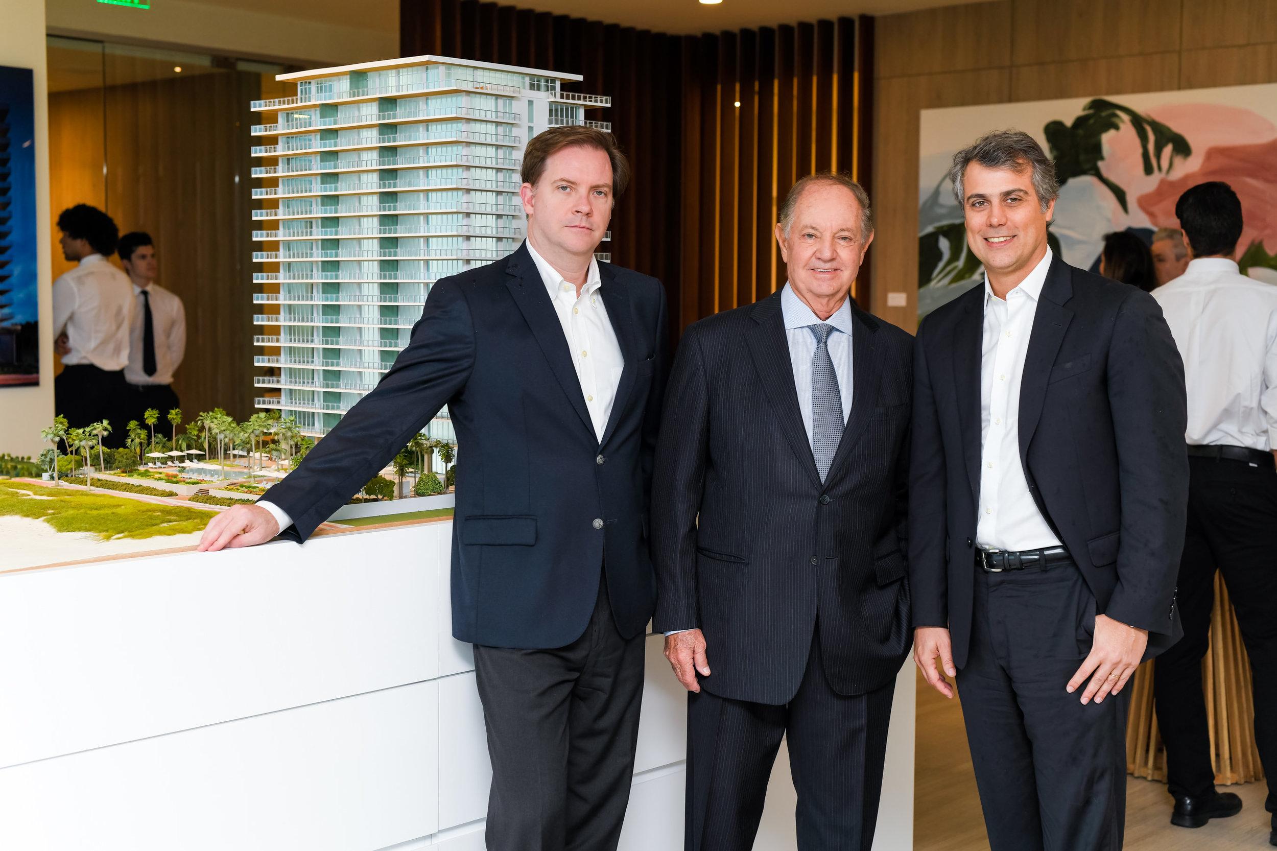 Ricardo Peixoto, Dr. José Isaac Peres and Marcelo Kingston
