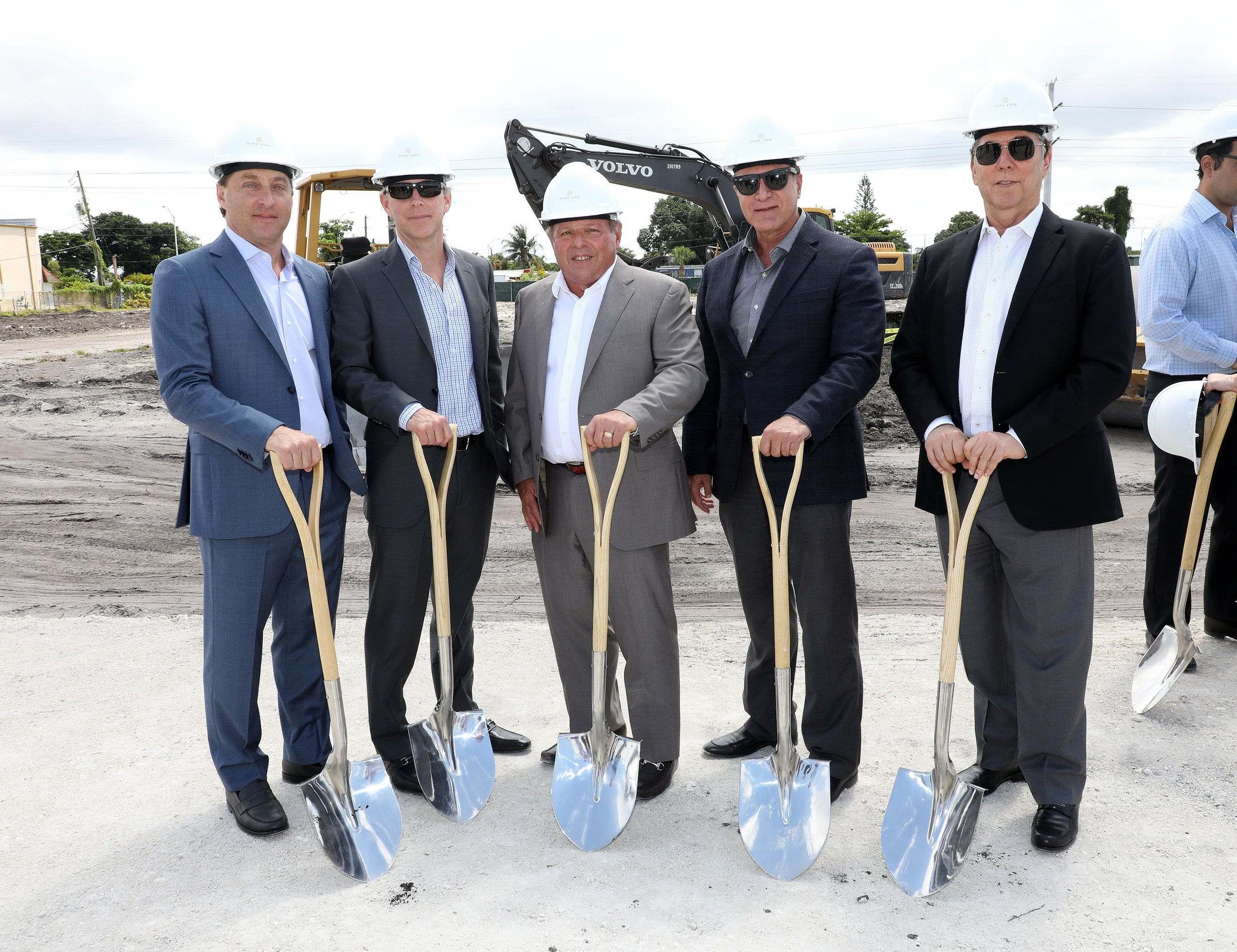 From L-R: David Brown, Principal of Coral Rock Development Group; Victor Brown, Principal of Coral Rock Development Group; Michael Wohl, Principal of Coral Rock Development Group; City of Hialeah Mayor Carlos Hernandez; Stephen A. Blumenthal, Principal of Coral Rock Development Group