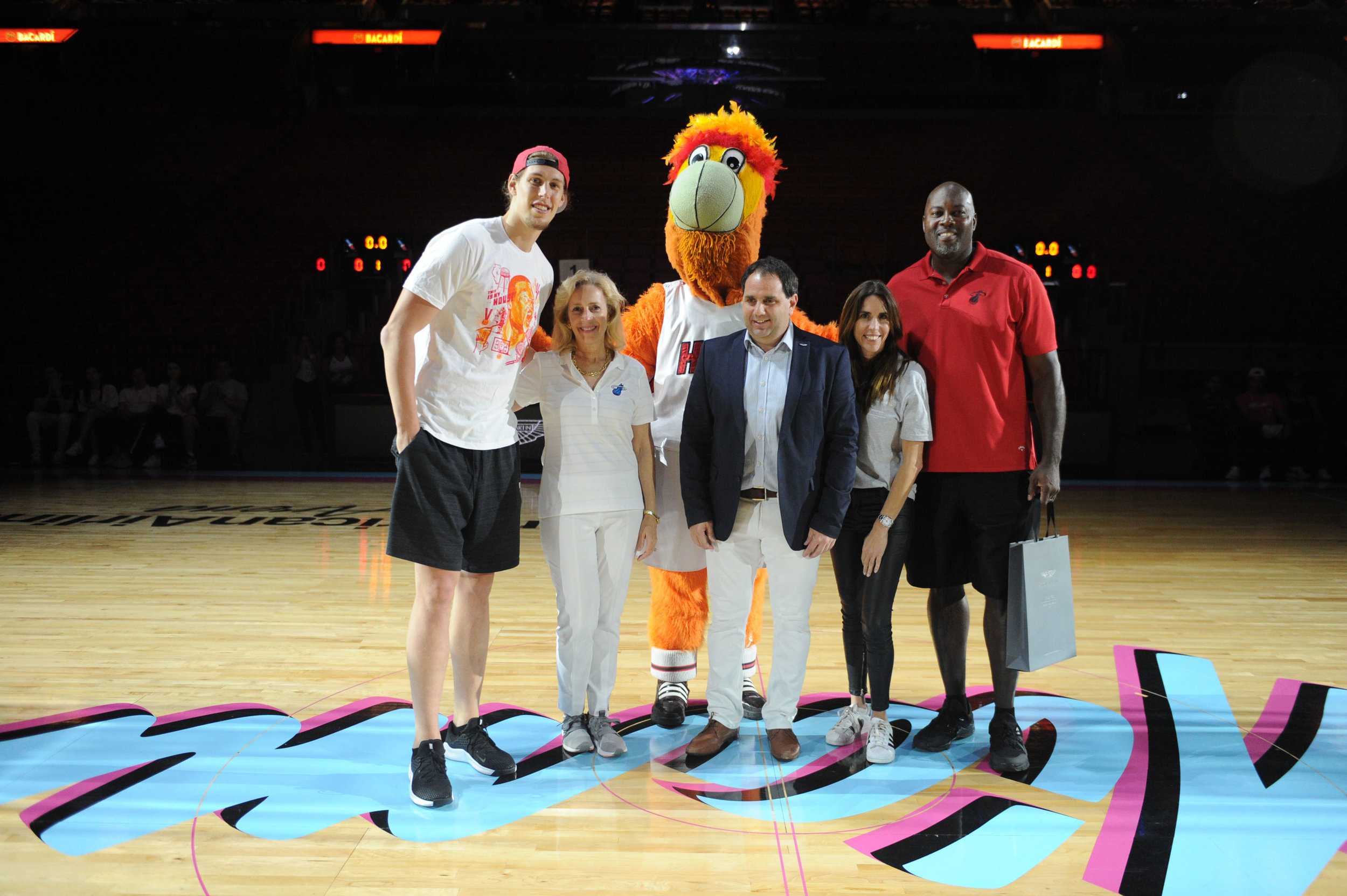 "Kelly Olynyk, Alicia Cervera Lamadrid, Alejandro Aljanati, Maru Alvarez, & Glenn Rice Aston Martin Residences and The Miami Heat Present ""Legend's Court"" To Commemorate Premium Corporate Partnership2.jpg"