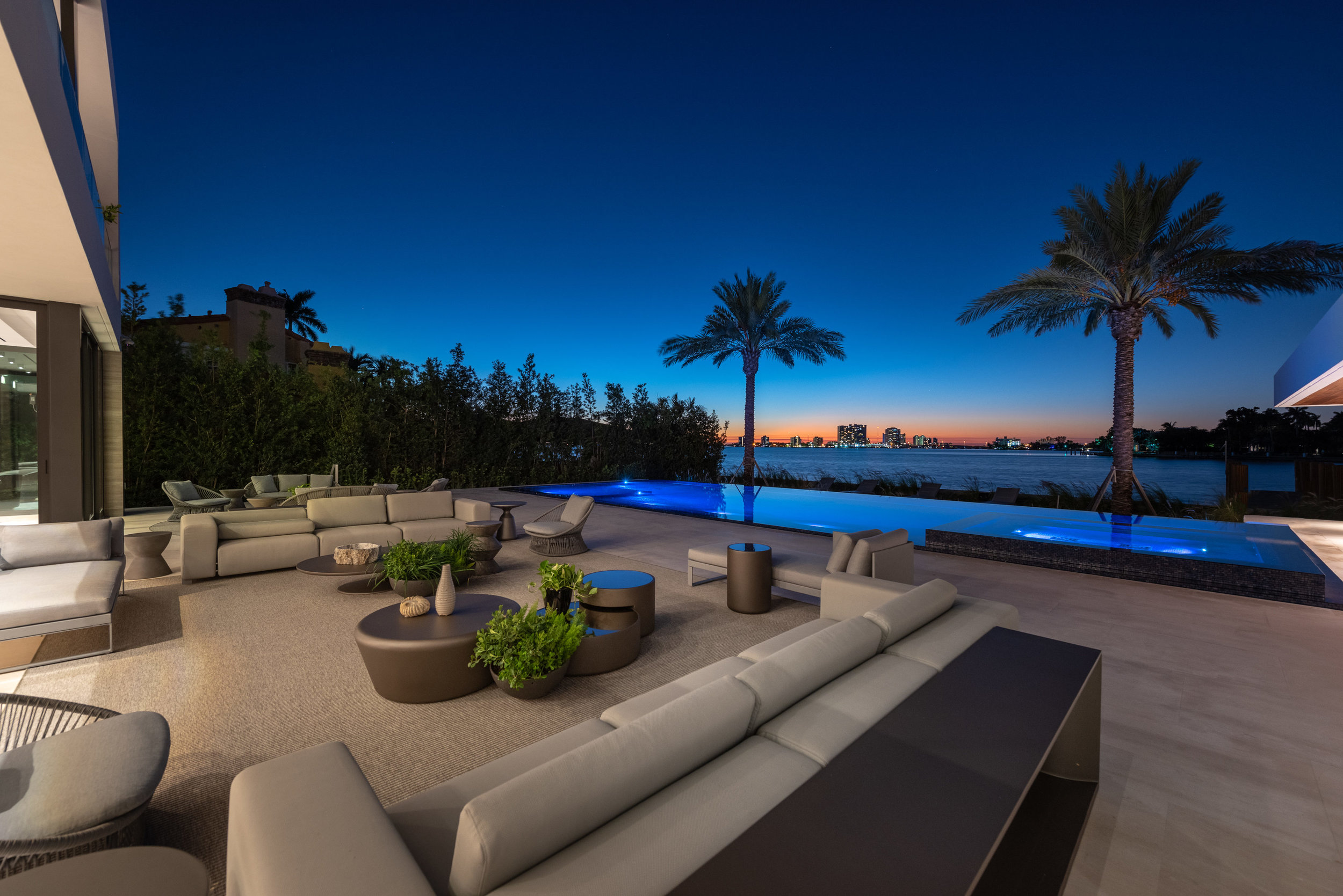 6360 North Bay Road, Miami Beach was listed with Nelson Gonzalez of EWM