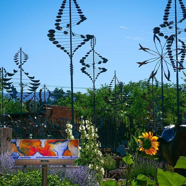 Artpop billboard pops up in Santa Fe on Canyon Road.  The art here is so inspiring!  #glassart #glassartist #abstractart #abstractartist #mineralglass #mineralglassartist #artpopeastonpa  #bananafactory_pa #artsquest #aqglass