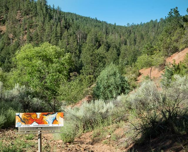 Billboard makes it to Santa Fe National Park  #glassart #glassartist #abstractart #abstractartist #mineralglass #mineralglassartist #artpopeastonpa  #bananafactory_pa #artsquest #aqglass