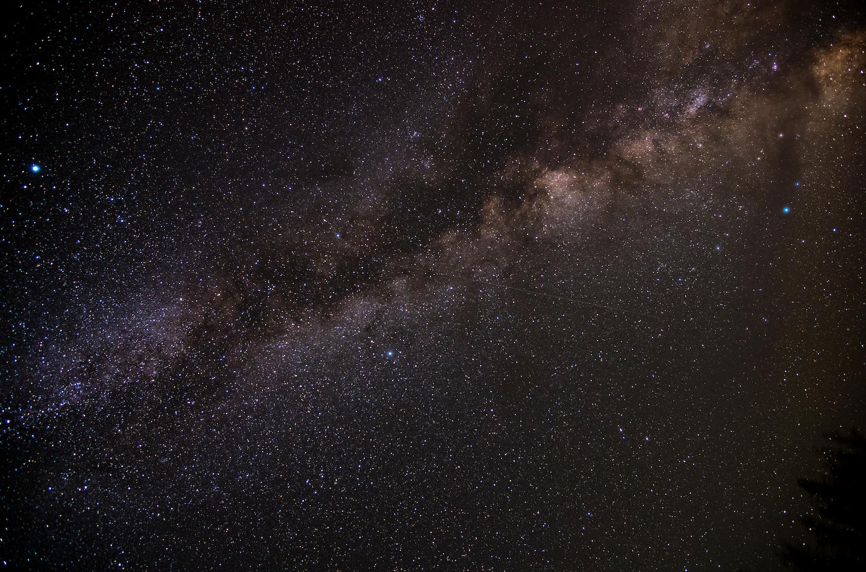 Karen Adair stunning long exposure of insane Milky Way at our 9000 ft camp. A verrrry faint meteor can be seen crossing center.