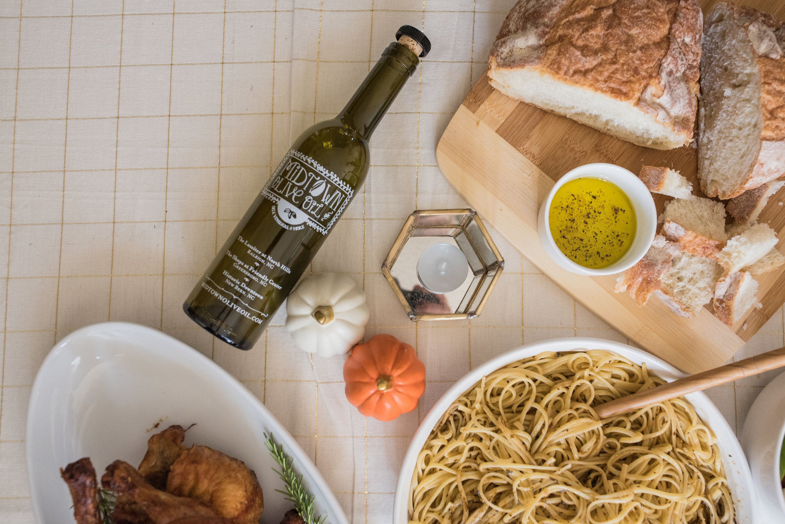 Friendsgiving - Thanksgiving - Lifestyle Blog - Midtown Olive Oil