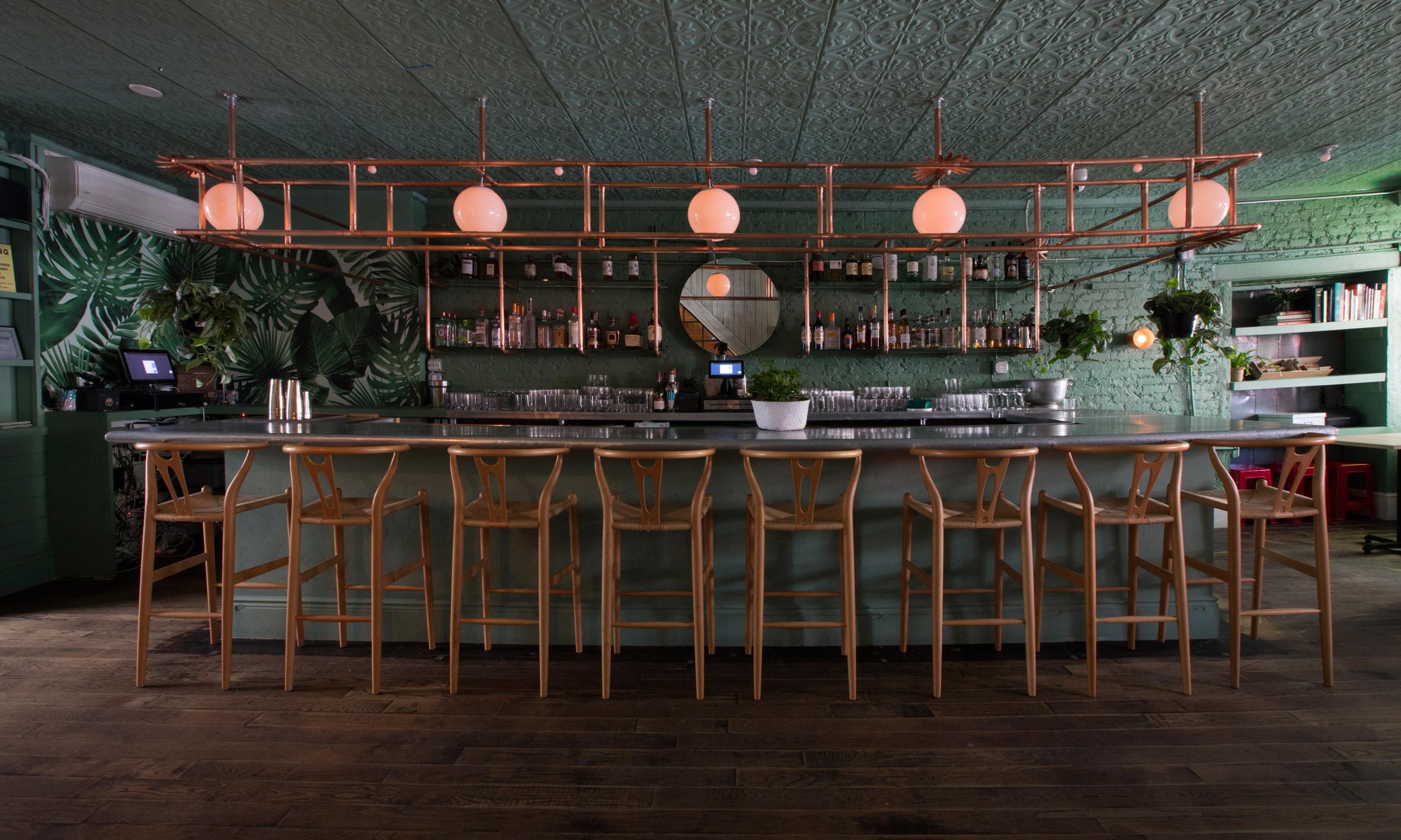 di-an-di-huy-bui-interiors-restaurant-brooklyn-new-york-usa_dezeen_2364_col_4.jpg