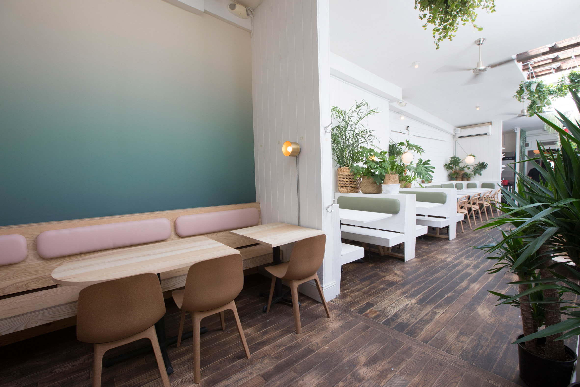 di-an-di-huy-bui-interiors-restaurant-brooklyn-new-york-usa_dezeen_2364_col_3.jpg