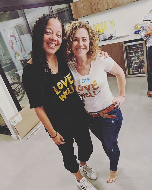 She arrived for @wifelab and we matched. Can you believe she drove through almost 2 hours of traffic to come?  First 🍊 Orange Wife Lab started tonight. They are all such lovely ladies. I cannot wait to get to know them more.  #praywithoutceasing #prayerispowerful #prayerwarrior #wifelab #lovewell #lovewellmission #lovewelltshirt