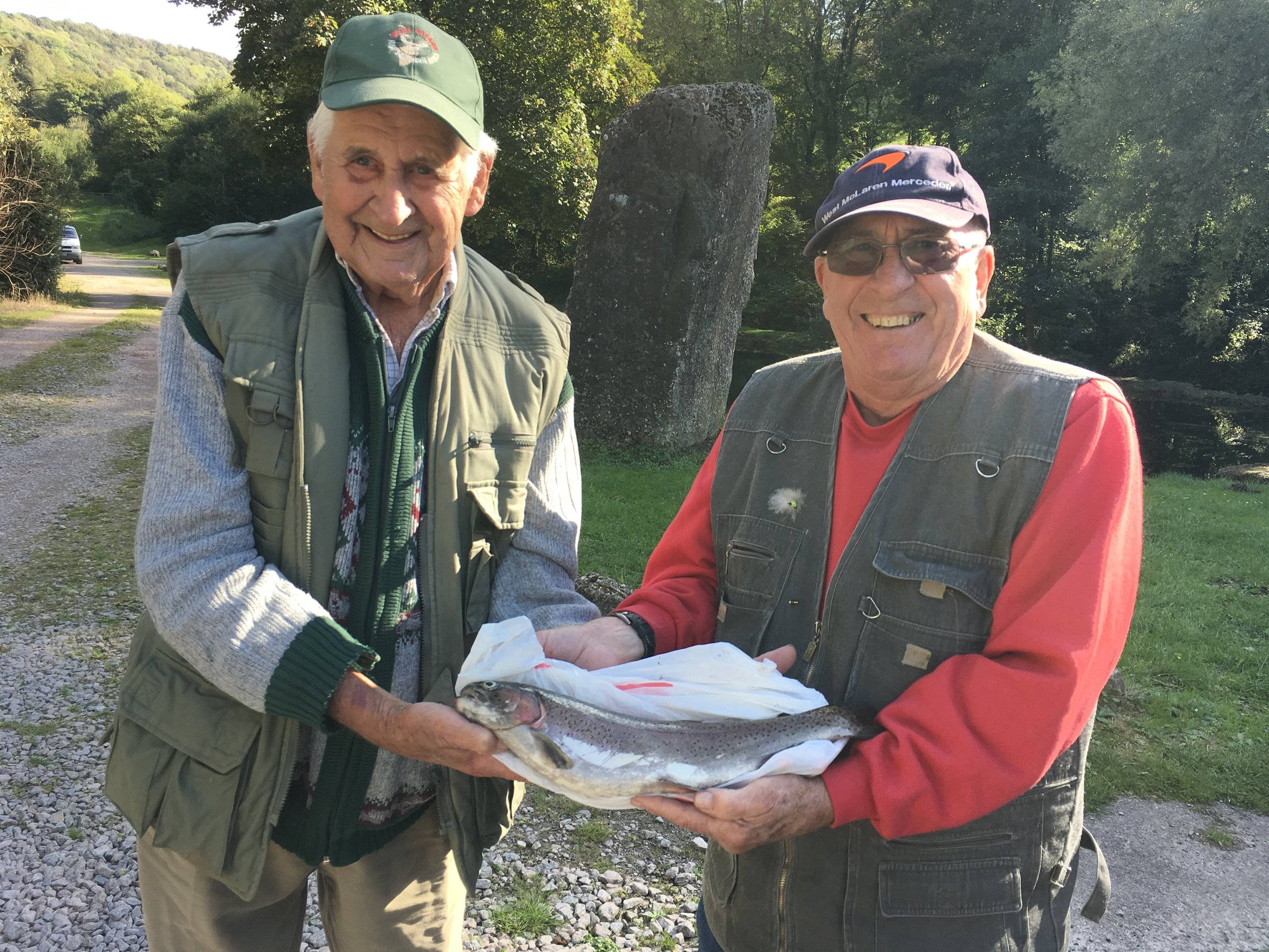86 year old Gordon Russel and friend Robert Byng from Bromsgrove enjoyed their day at Bigwell fishery.