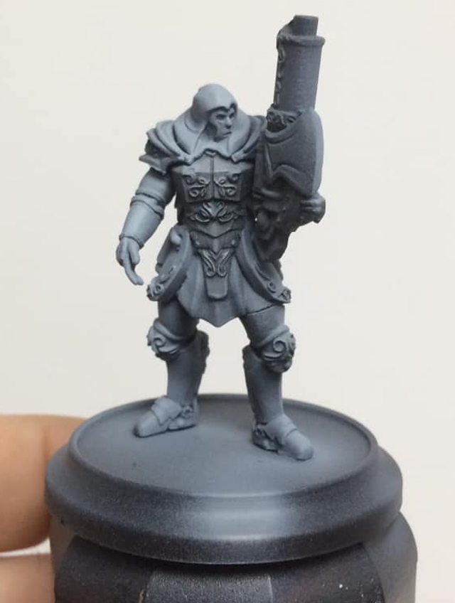 A black wash (75% water 25% paint) is applied liberally to the armour area to add definition.