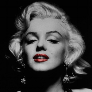 marilyn-monroe-poster-black-and-white-with-red-lips-black-and-white-365298513.jpg