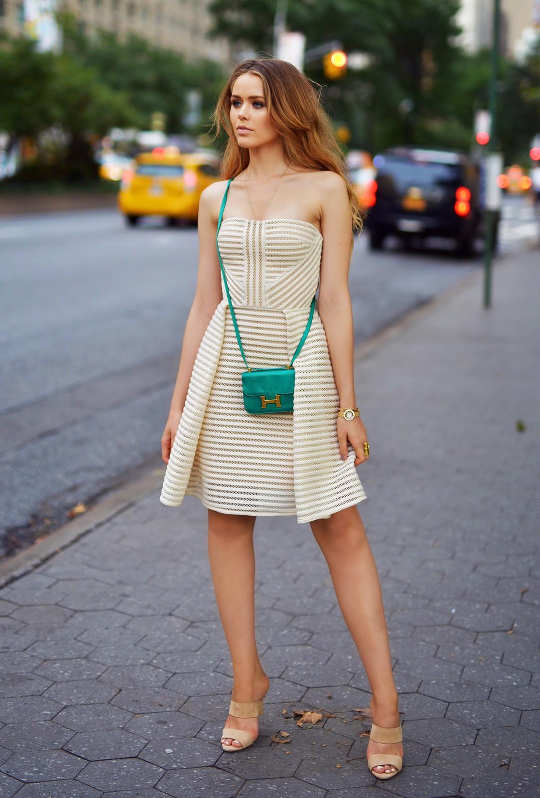 1.-nude-tube-dress-with-cute-clutch-e1452324542353.jpg