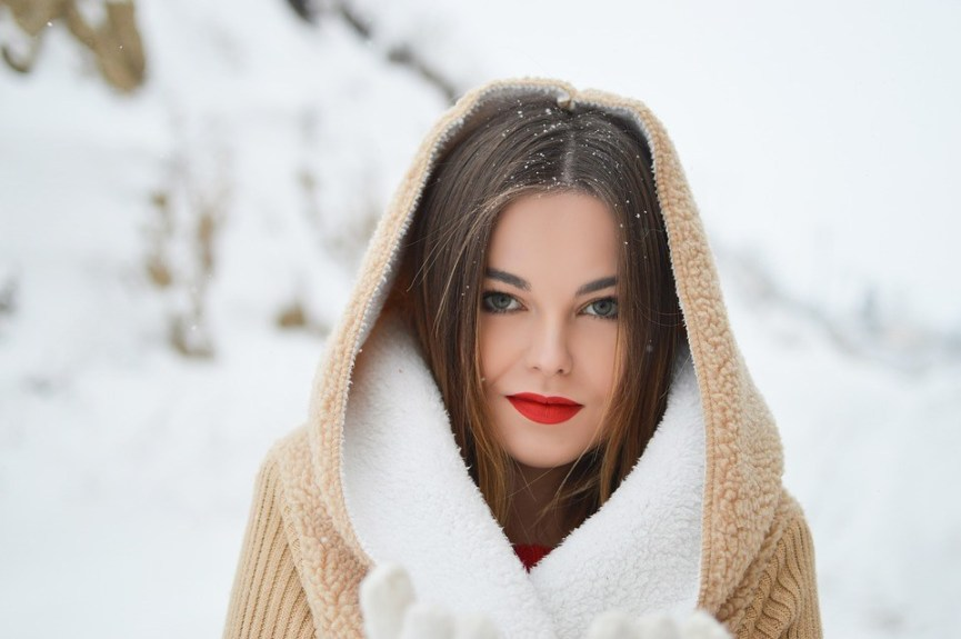 essential-winter-makeup-tips-to-get-you-through-the-cold-season.jpg