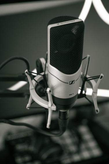 microphone+%281%29.jpg