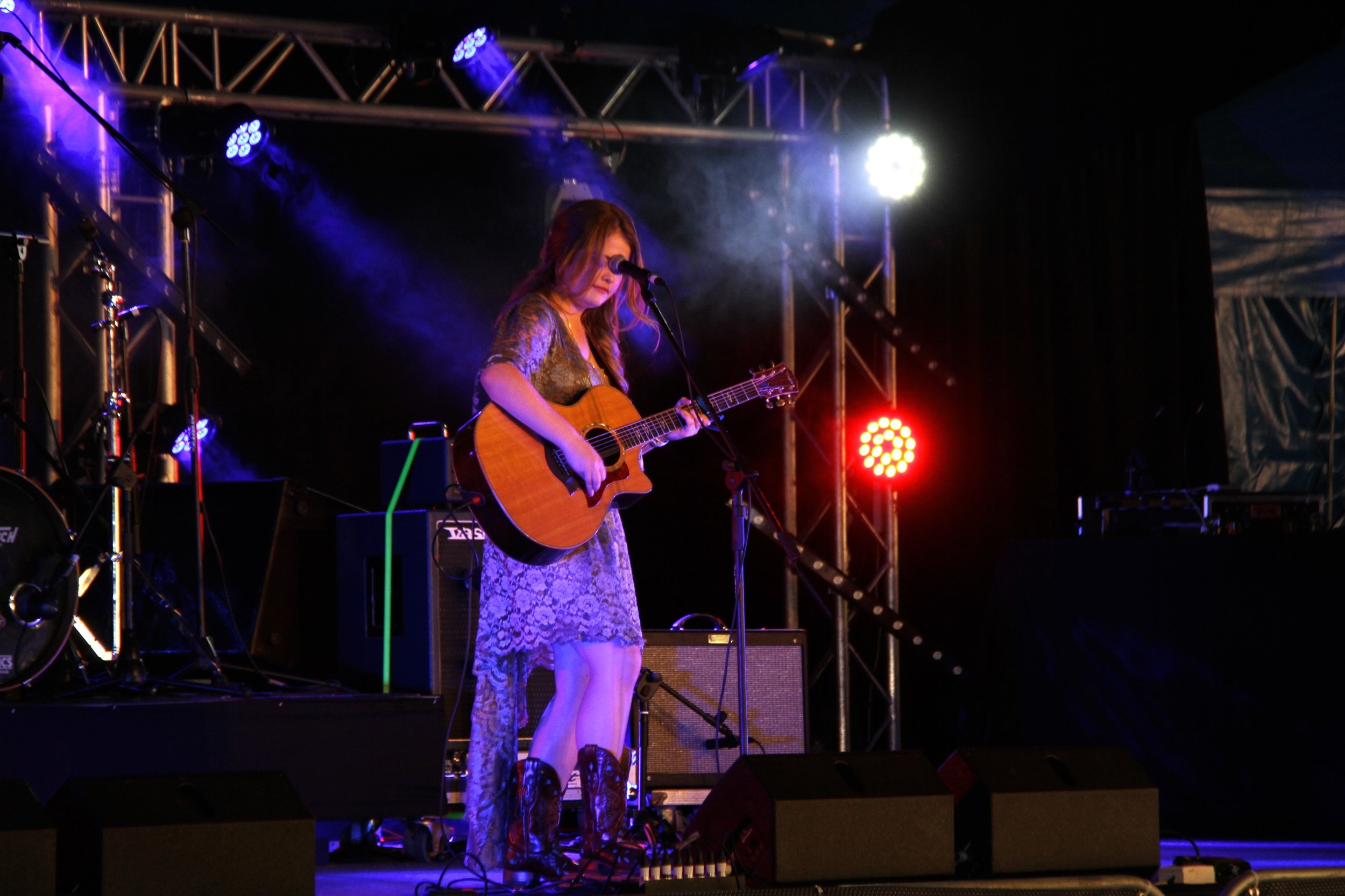 Sami performing at the 2016 Gympie Music Muster  Photography Jaymie Bennee