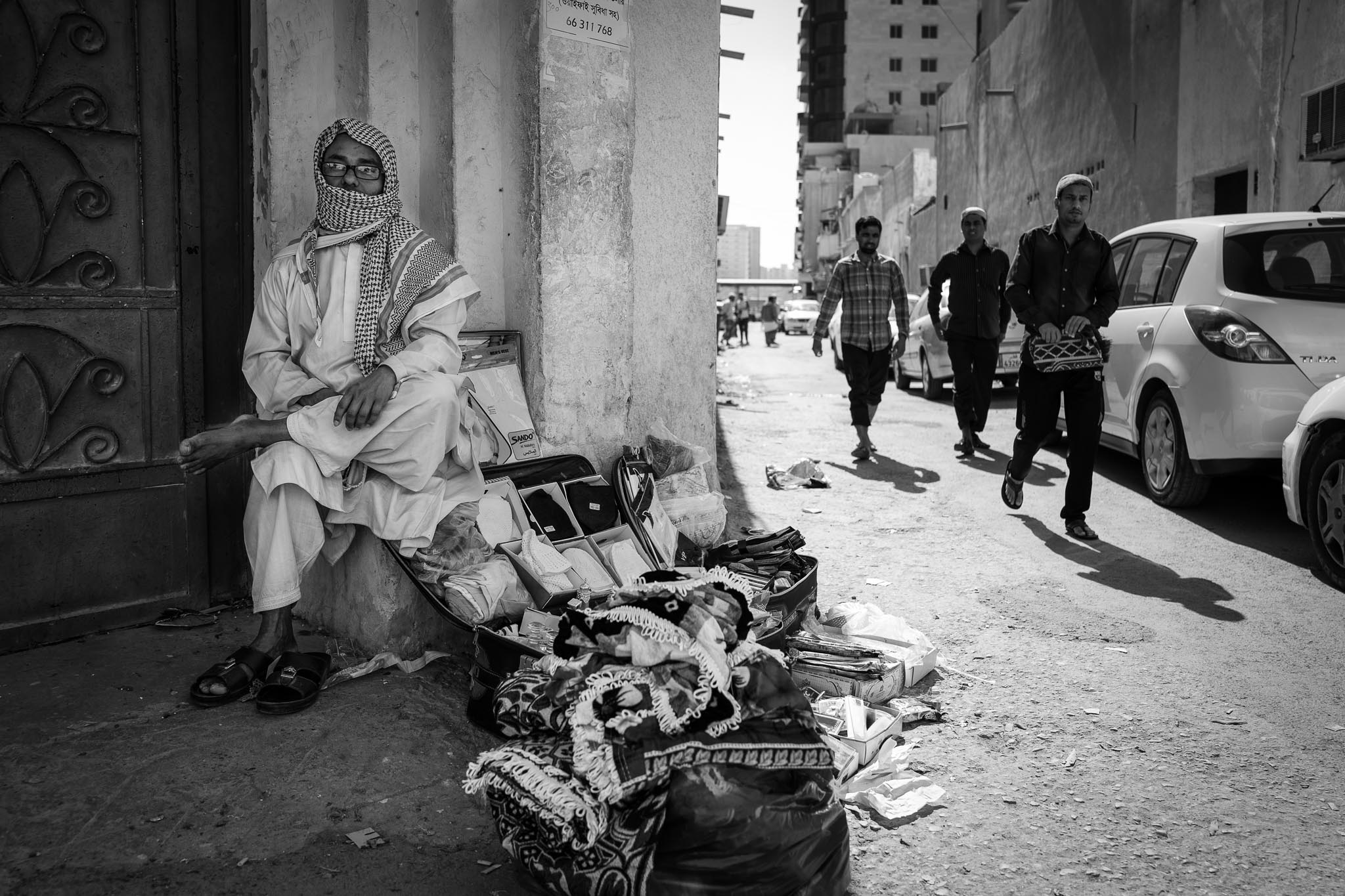 Spontaneous street trading in old Msheireb.