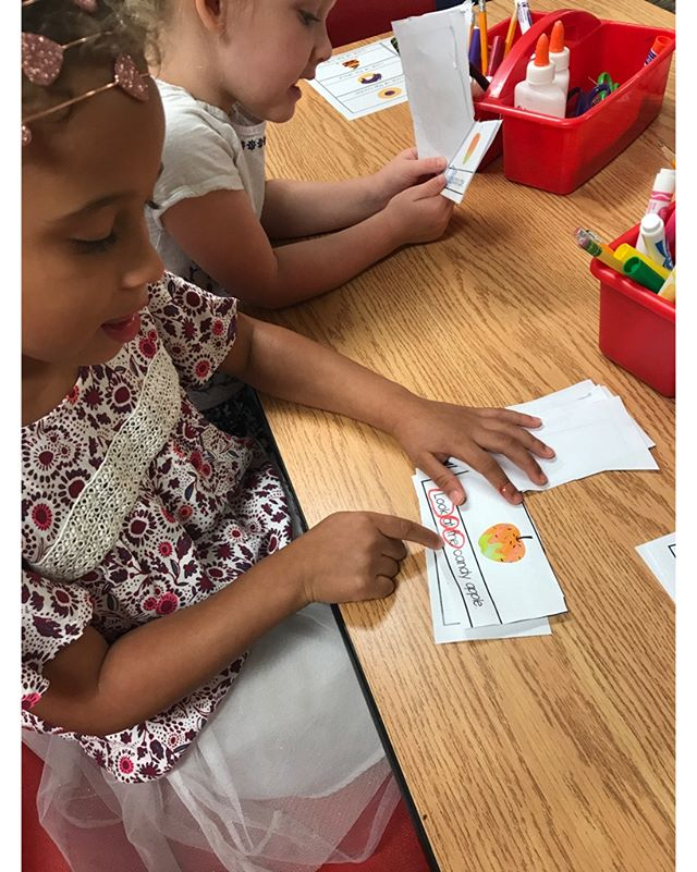 Reading literacy stories and circling sight words.  #literacy #sightwords #teachersofig #teachersfollowteachers #teacherspayteachers #iteachtoo #preschool #homeschool #halloween #activities