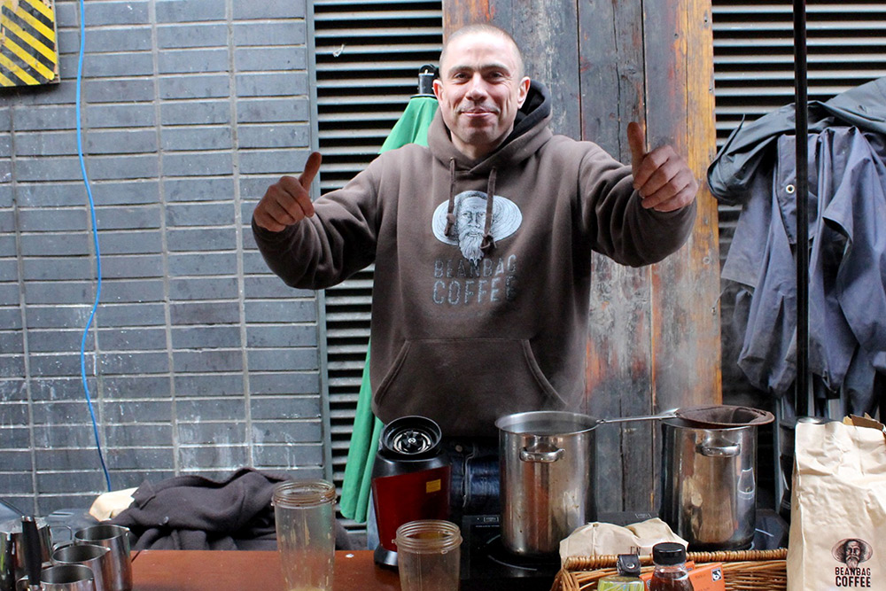 Gary from Beanbag Coffee gives us the thumbs up, you must try the coconut Thai coffee!