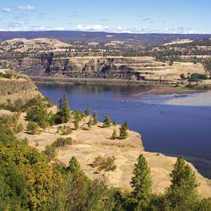 Colombia River, Oregon Photo Credit: NPS - Lee Kreutzer