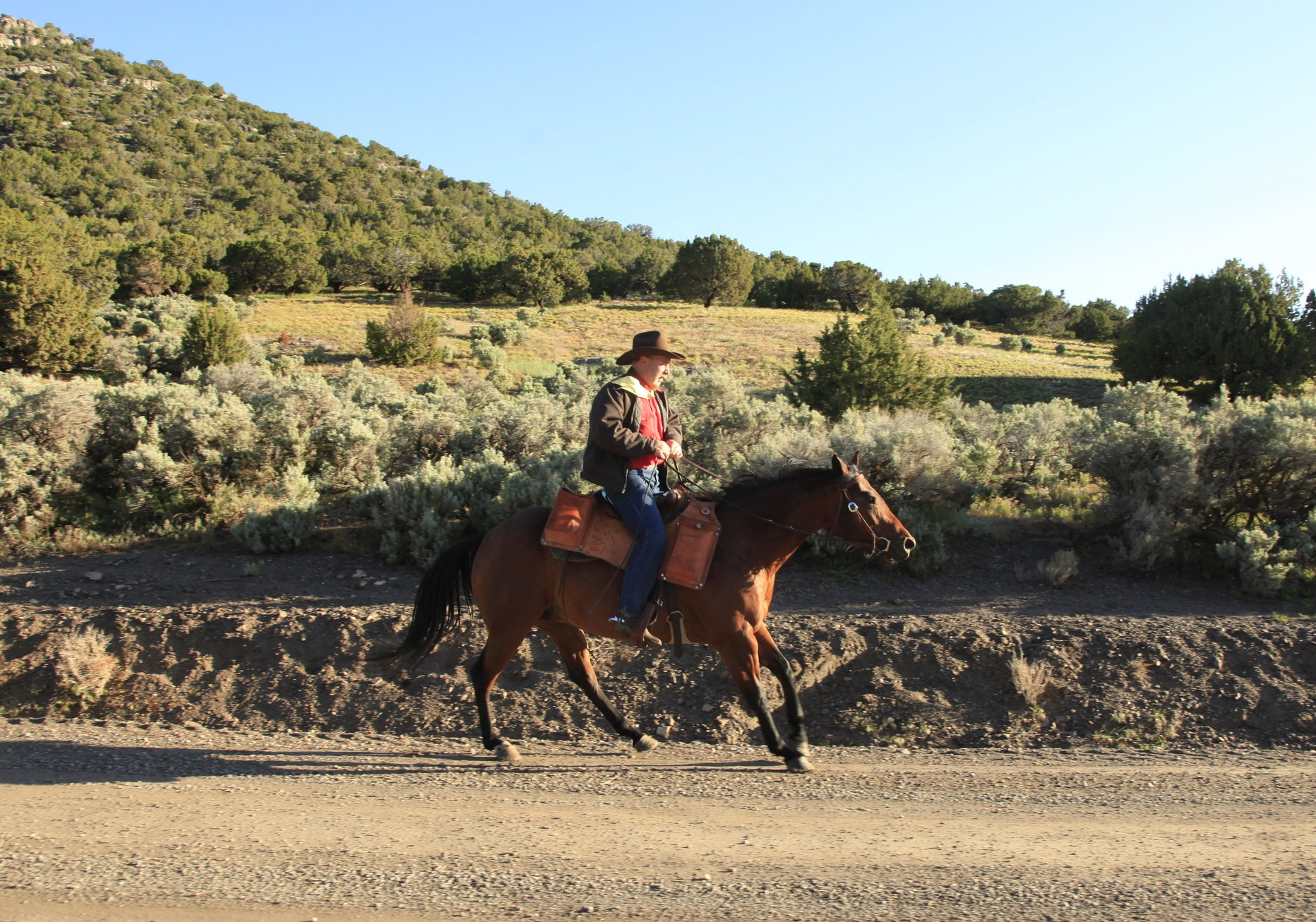 Pat Hearty on a re-ride in western Utah. Photo by Richard Gwin, used with the permission of the National Pony Express Association.