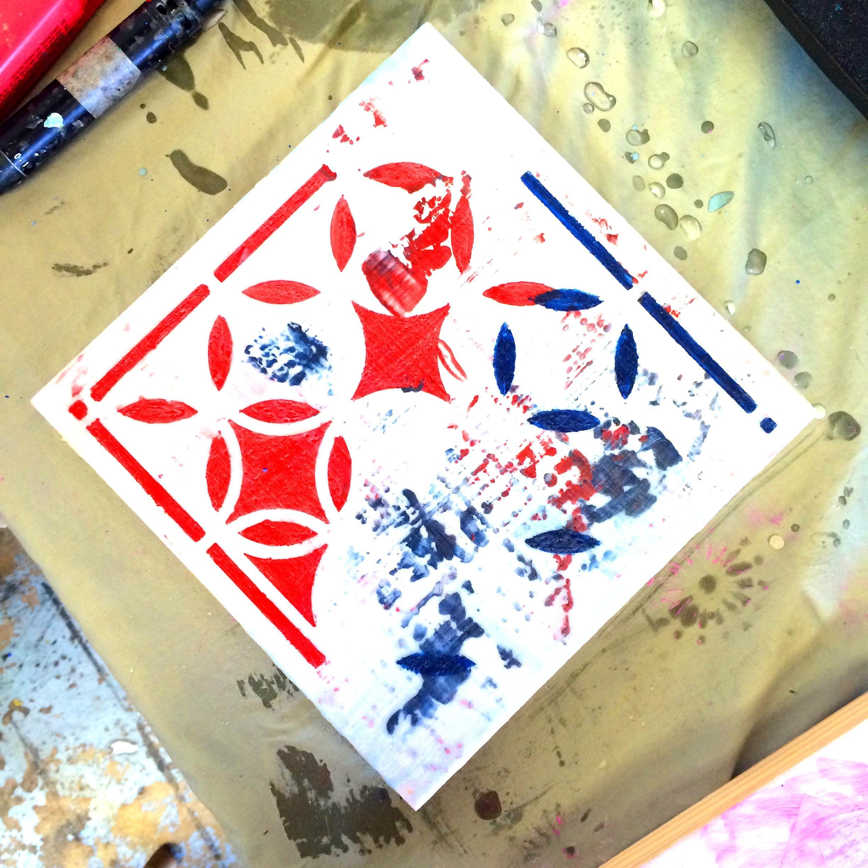 Sandra_red-blue-circle-stencils.jpg
