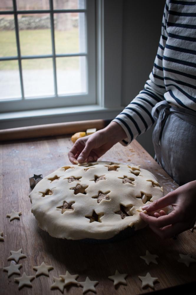 Apple pie with stars | Linden & Lavender
