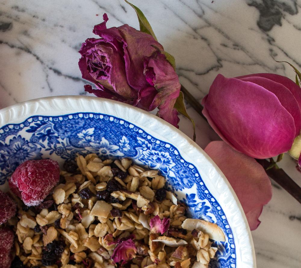 Rose granola   Linden & Lavender