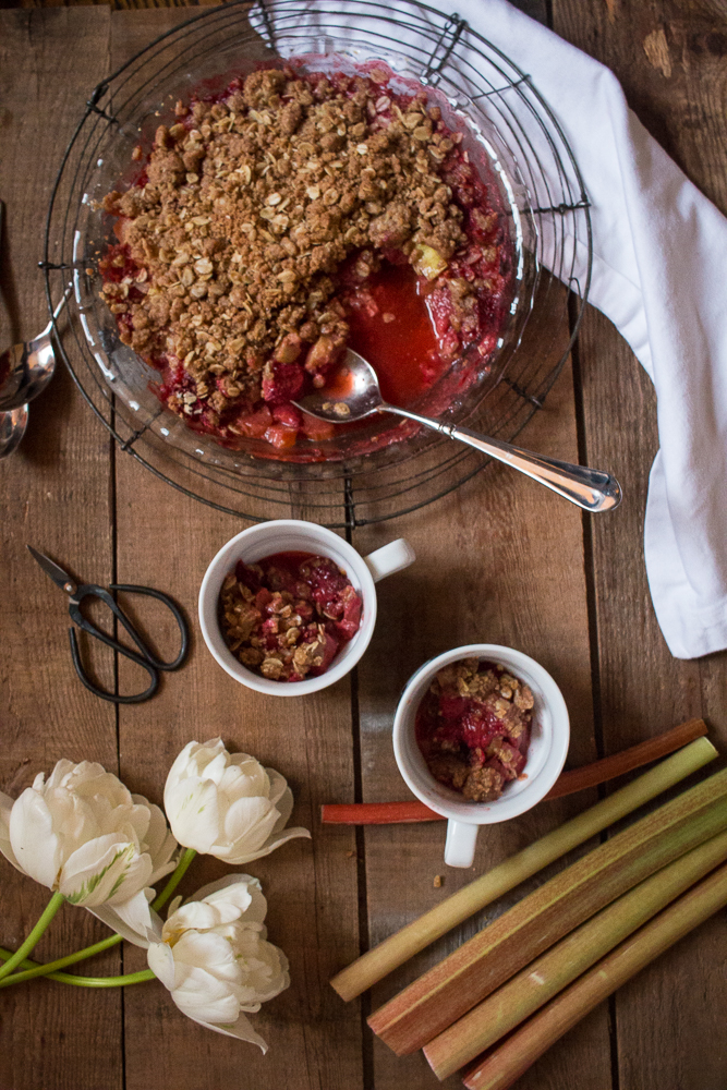 Strawberry Rhubarb Crisp | Linden & Lavender