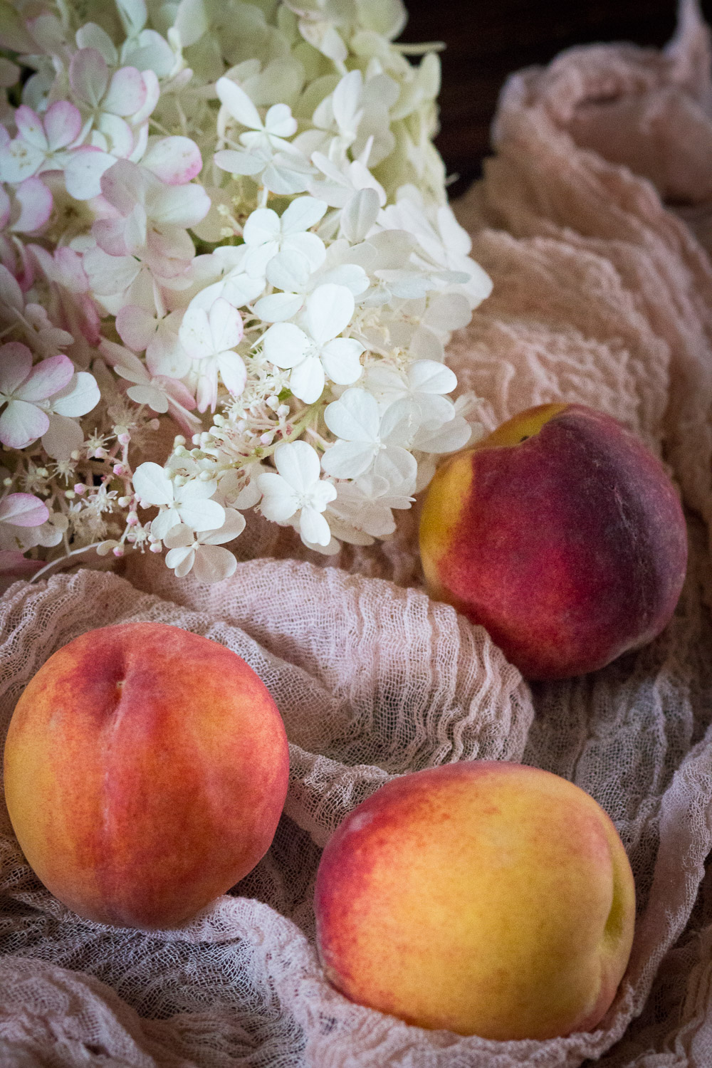 peaches and hydrangeas