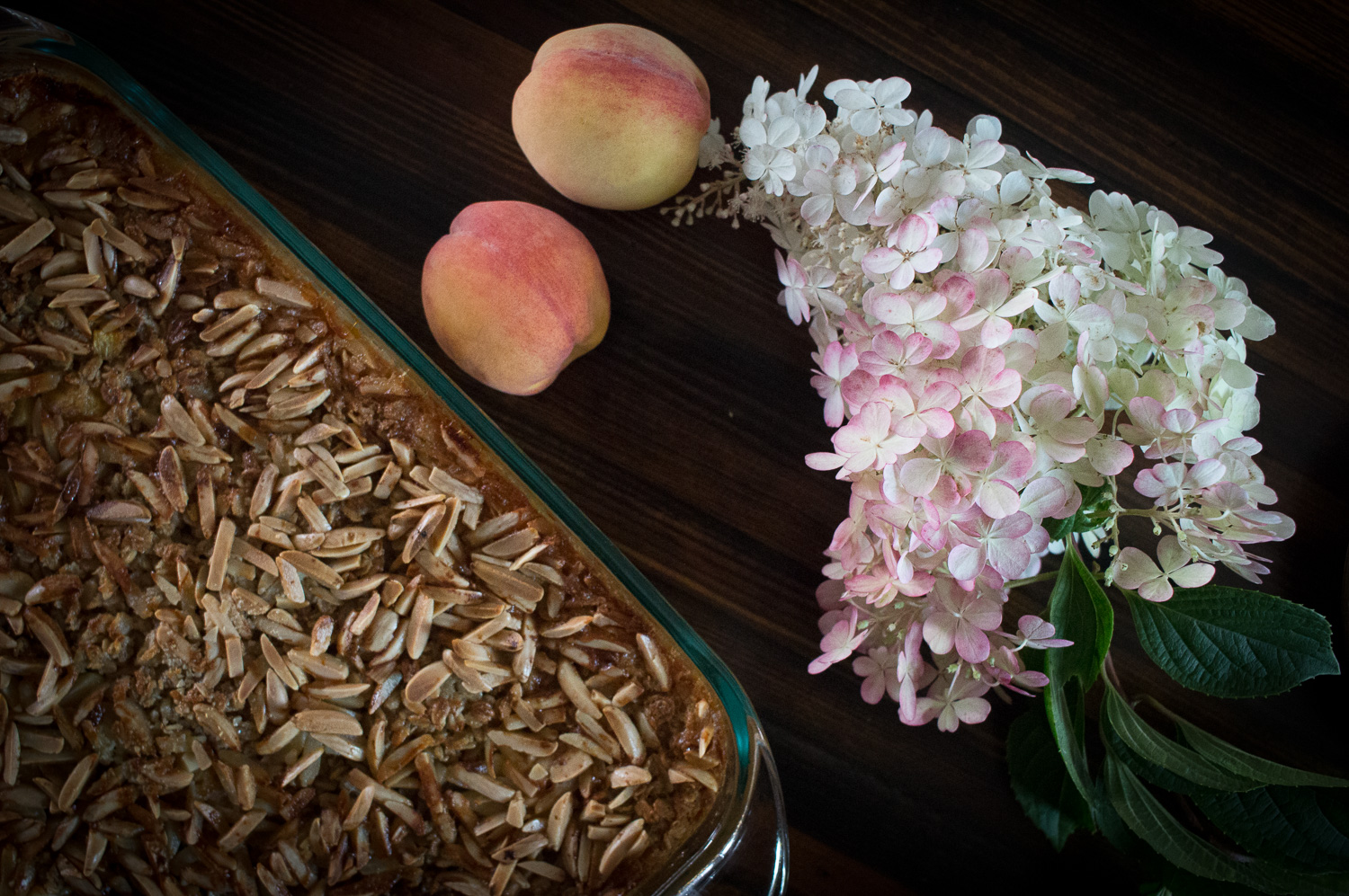 peach and almond baked oatmeal
