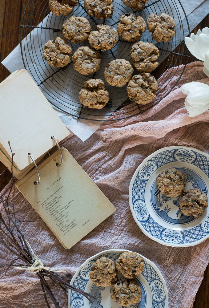 Chocolate Chip Blueberry Oatmeal Cookies | Linden & Lavender