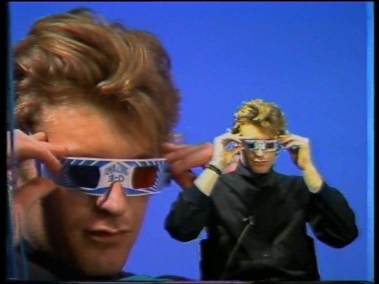 © John Scarlett-Davis,  Chat Rap  (1983). Image tirée de la vidéo.