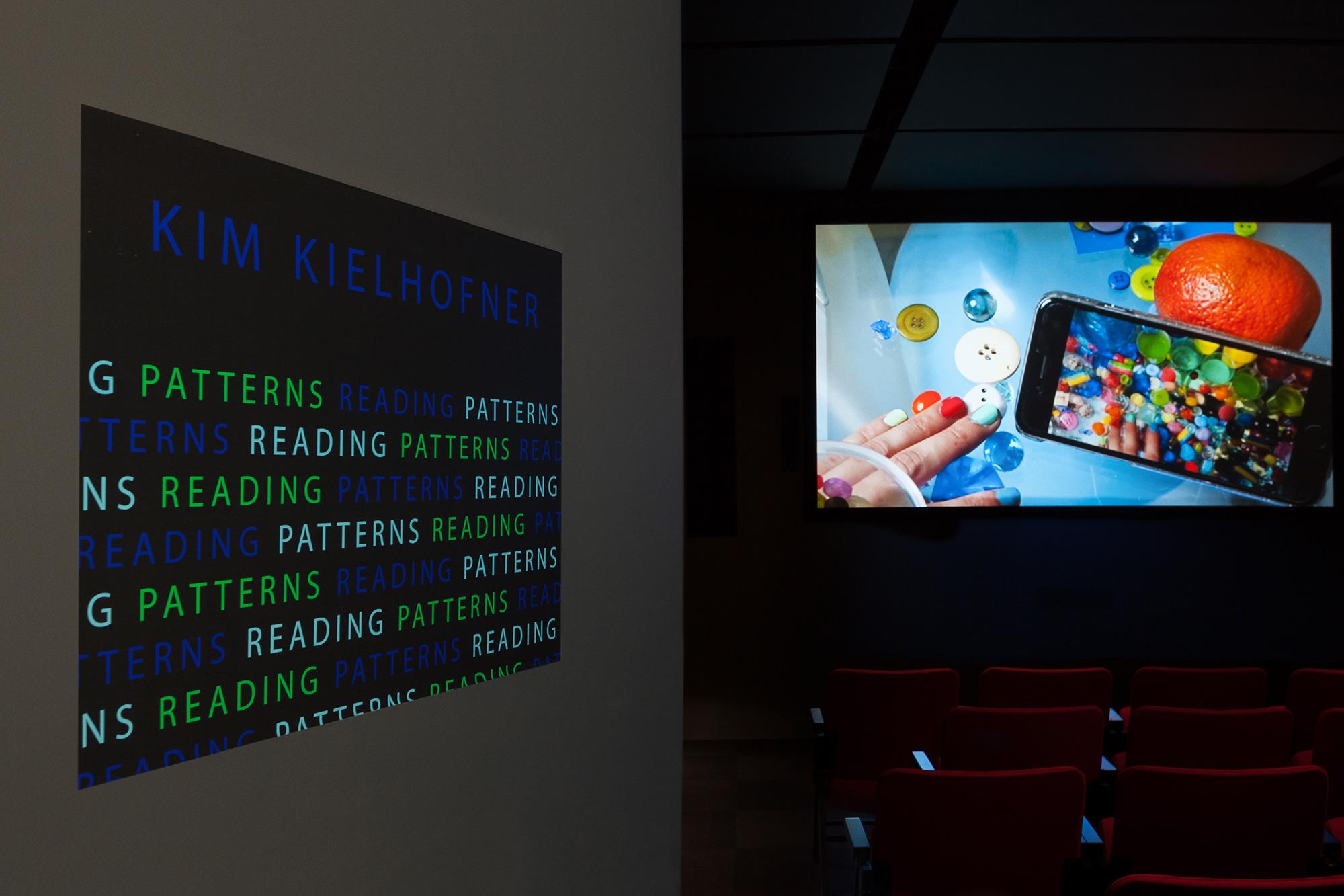 © Kim Kielhofner, vue de l'exposition READING PATTERNS (2017). Photo : Marilou Crispin.