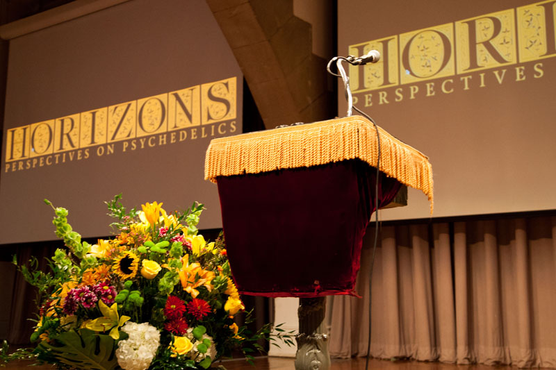 Horizons 2015 _ Saturday _ Podium _ Credit Steve Duncan.jpg